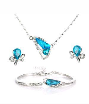 Beautiful Butterfly Jewelry Set for Sale in Germantown, MD