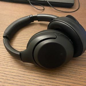 Sony WHXB900N ANC Over-ear Headphones for Sale in San Diego, CA