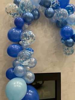 Party Balloon Decoration for Sale in Rochester,  MI
