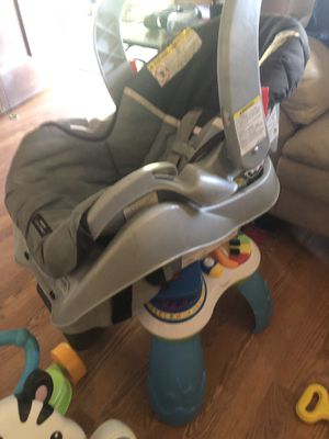 Car seat with base for Sale in Midland City, AL