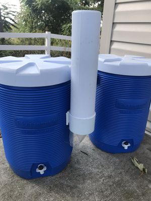 2 water coolers Rubbermaid for Sale in Mount Airy, MD