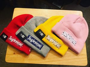 Supreme bandana beanies for Sale in The Bronx, NY