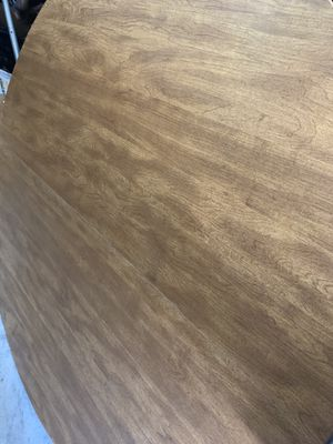 Round Dining Kitchen Table with Farmhouse Legs for Sale in Broken Arrow, OK