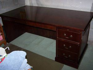Hon Desk for Sale in Northumberland, PA