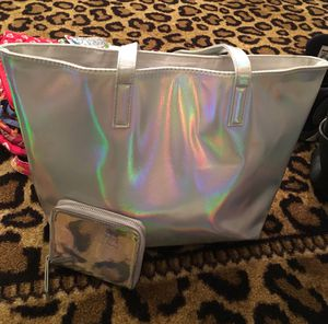 Shiny Purse with matching wallet for Sale in Columbus, OH