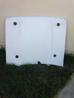 1994 R22Toyota 4Runner pick up truck parts R22 off road hood for Sale in Los Angeles, CA