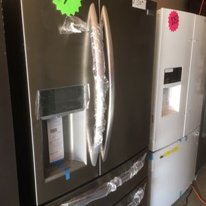 Frigidaire French door refrigerator stainless steel $1500 pick up in Decatur Georgia for Sale in Decatur, GA
