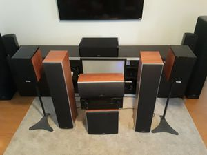 Polk Audio 5.1 home theater surround sound system with Pioneer receiver for Sale in Ridgefield, WA