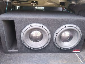 Subwoofers and amp for Sale in Knoxville, TN