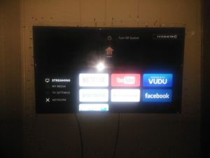 40 inch flat screen TV has a remote but it has an excellent picture for Sale in Williamsport, PA