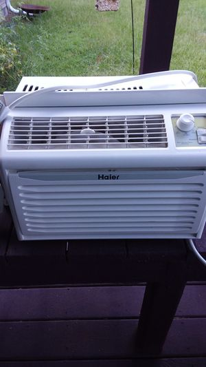 HAIER air conditioner 5,000 BTU for Sale in Starr, SC