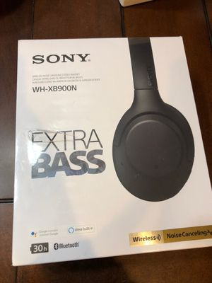 Sony Noise Cancelling Extra Bass Wireless Headphone - New for Sale in Gilbert, AZ