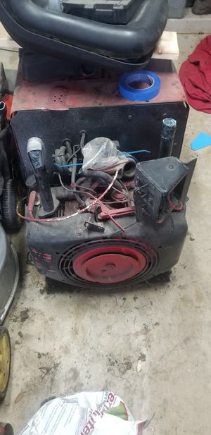 Lincoln gas welder. Had it running several years ago. Needs old fuel taken out of tank and clean carbs, and a big battery. It will work with for Sale in San Marcos, TX