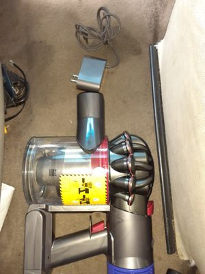 Dyson v7 animal cordless vacuum for Sale in Union City, GA