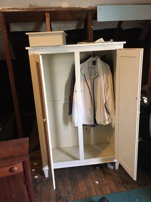 Closet & Shelves for Sale in Kingston, NY