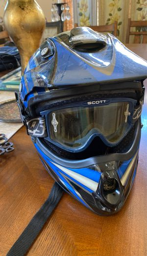THH SCOTT NELL RACING MOTORCYCLE HELMET DOT CERTIFIED SIZE XL EXTRA LARGE PERFECT!!! for Sale in Fresno, CA