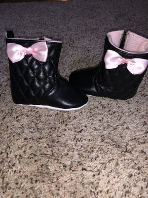 Baby girl shoes/ boots/ slippers (0-12mo) for Sale in Upper Darby, PA