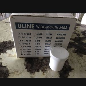 Brand New Plastic Jars 4oz White Food Grade Plastic Jars In Box Screw Lid for Sale in Palos Verdes Estates, CA