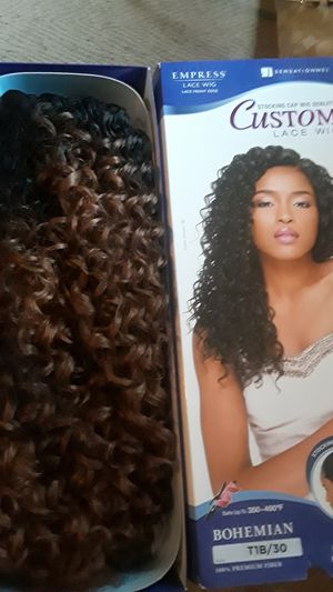 Custom lace wig. for Sale in Henderson, KY