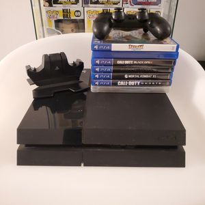 Sony PlayStation (PS4) - 500 GB Black Console W/ accesories and Games for Sale in Miami, FL