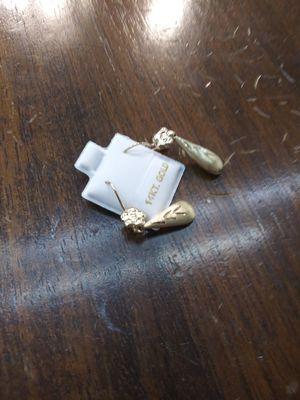 14k gold earrings for Sale in Pomona, CA