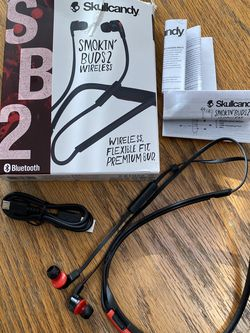 Skullcandy Wireless Bluetooth Headphones for Sale in Garden City,  NY