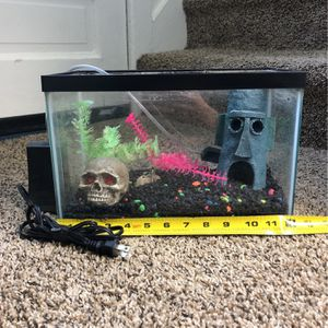 Fish Tank with Accessories +filter for Sale in Detroit, MI