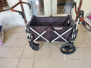Keenz Class Stroller Wagon - Features: 5-point safety harness on both sides, seats twoRemovable, for Sale in Fontana, CA