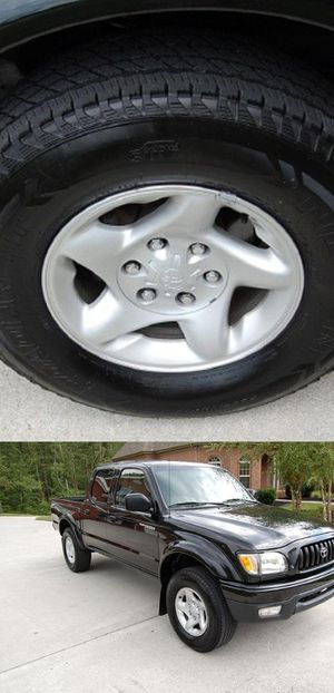Price$1OOO Tacoma 2004 for Sale in St. Louis, MO