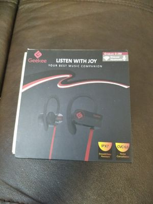 New in box wireless Bluetooth earbuds for Sale in Elk Grove, CA