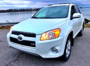 NO ISSUES 2010 RAV4  for Sale in Charlottesville, VA