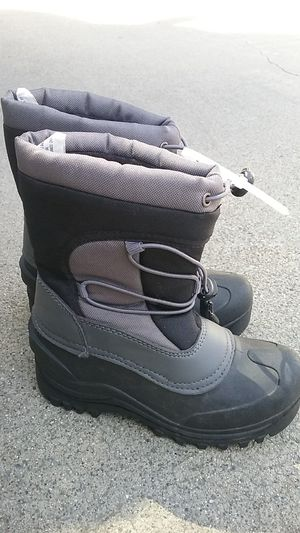 Snow boots, Itaska, like new, kids 1 for Sale in San Jose, CA