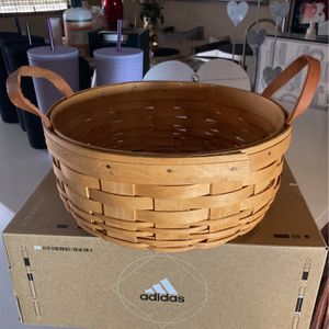 Longaberger Basket For Paper Plates for Sale in Ontario, CA