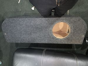 Ford Fusion/Ford Taurus custom fit 10 inch subwoofer box for Sale in Fort Washington, MD