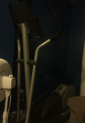 Proform xp 110 elliptical machine for Sale in St. Louis, MO