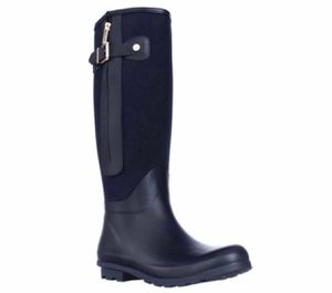 Tommy Hilfiger Rain boot- size 9- Navy (brand new) for Sale in Malden, MA