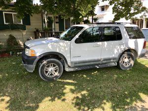 2002 Ford Explorer XLT 4wd for Sale in Flint, MI