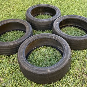 245 45 20 Tires Gomas for Sale in Hialeah, FL