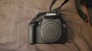 Canon Rebel T5, 5 lenses, SD cards, batteries, and carrying case for Sale in Enfield, CT