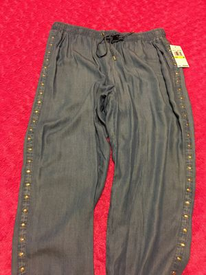 New Authentic Women's Michael Kors Size Medium for Sale in Lakewood, CA