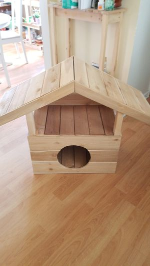 Small dog or cat house (indoor-not insulated) for Sale in Tacoma, WA