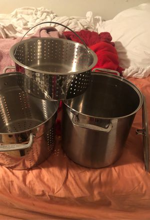 Pots All-Clad Perforated Multipot with Steamer Basket, 12-Qt. All-Clad Perforated Multipot with Steamer Basket, 12-Qt for Sale in Los Angeles, CA