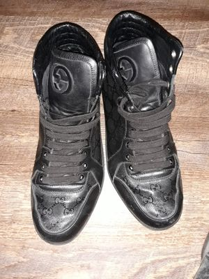 Real Gucci shoes 1,000$ for Sale in Denver, CO