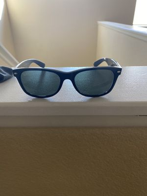 Ray bans sunglasses for Sale in Las Vegas, NV
