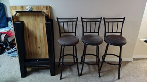 Black Hightop Table and chairs for Sale in Baltimore, MD