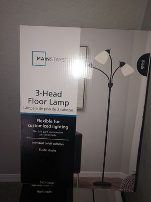 3 head floor lamp for Sale in Winter Park, FL
