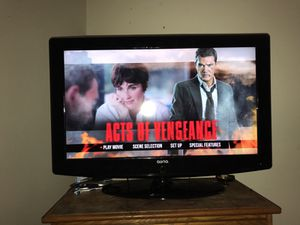 42 in Auria Flat Screen HD Tv Roku stick included for Sale in Minneapolis, MN