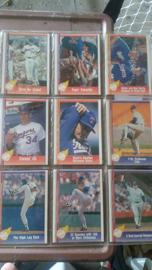 24 Nolan Ryan baseball cards for Sale in Brunswick, OH