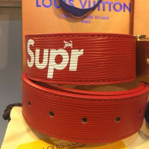 Brand new Louis Vuitton Supreme belt no trades no box for Sale in Las Vegas, NV