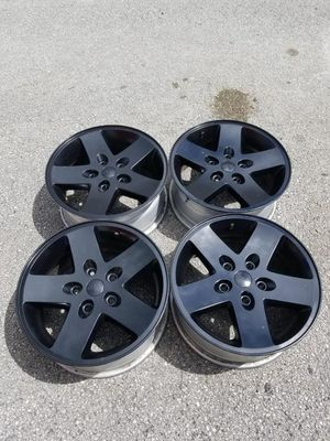 Rims 17 jeep 5 lugs 127 mm for Sale in Davie, FL